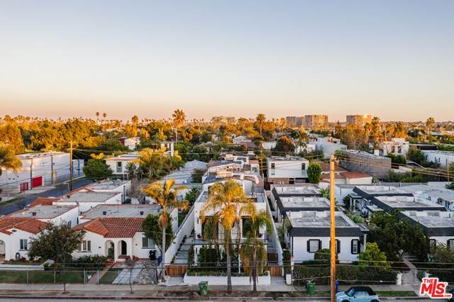 656 California Avenue, Venice, CA 90291 (#21696950) :: Bathurst Coastal Properties