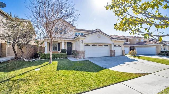 15601 N Peak Lane, Fontana, CA 92336 (#CV21039303) :: Compass