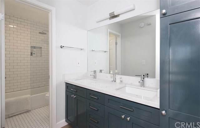 8640 Gulana Avenue J2011, Playa Del Rey, CA 90293 (#SB21038474) :: Bathurst Coastal Properties