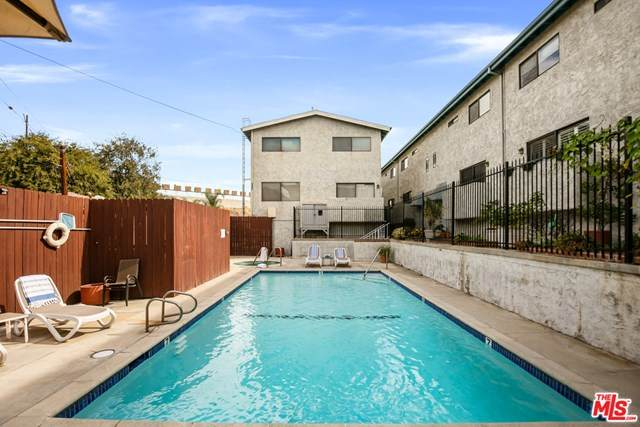 11643 Chandler Boulevard #110, Valley Village, CA 91601 (#21698106) :: The Marelly Group   Compass