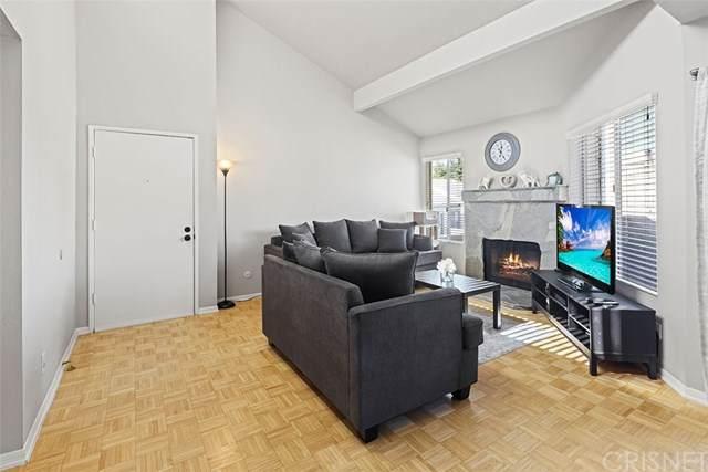 18408 Hatteras Street #32, Tarzana, CA 91356 (#SR21040167) :: Wendy Rich-Soto and Associates