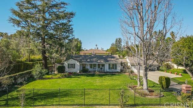 8757 Encino Avenue, Sherwood Forest, CA 91325 (#SR21040145) :: Rogers Realty Group/Berkshire Hathaway HomeServices California Properties