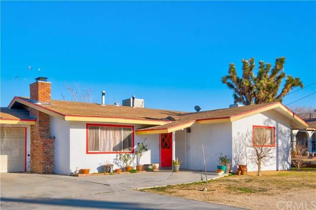 7563 Valley Vista Avenue, Yucca Valley, CA 92284 (#JT21038958) :: Wendy Rich-Soto and Associates