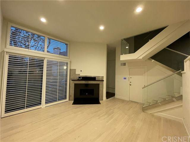 9000 Vanalden Avenue #144, Northridge, CA 91324 (#SR21040143) :: Power Real Estate Group