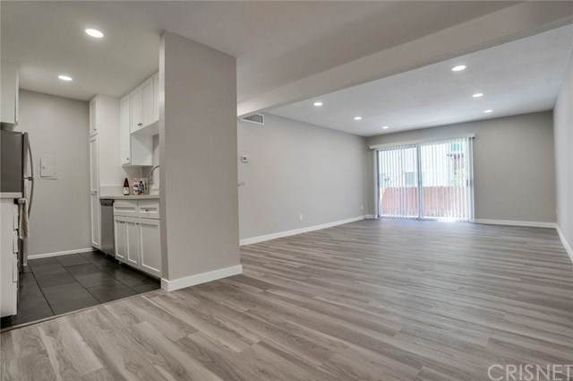 5460 White Oak Avenue B104, Encino, CA 91316 (#SR21040644) :: Millman Team