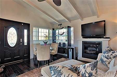 17 Saratoga, Newport Beach, CA 92660 (#NP21039253) :: Brandon Hobbs Group