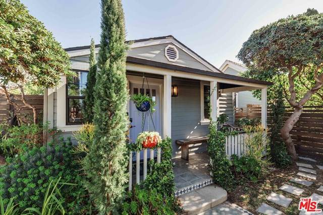 1016 Oakwood Avenue, Venice, CA 90291 (#21698630) :: Wendy Rich-Soto and Associates