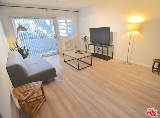 4900 Overland Avenue #159, Culver City, CA 90230 (#21698756) :: Power Real Estate Group