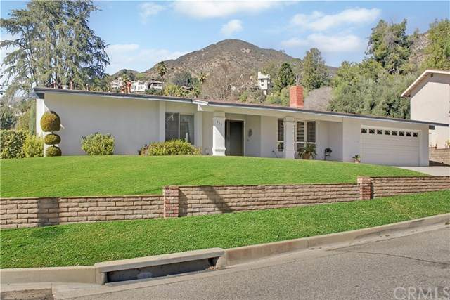 493 Acacia Street, Sierra Madre, CA 91024 (#AR21038376) :: The Parsons Team