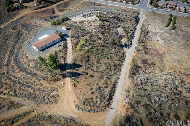 19875 Neil Road, Lake Elsinore, CA 92532 (#SW21042182) :: Team Forss Realty Group