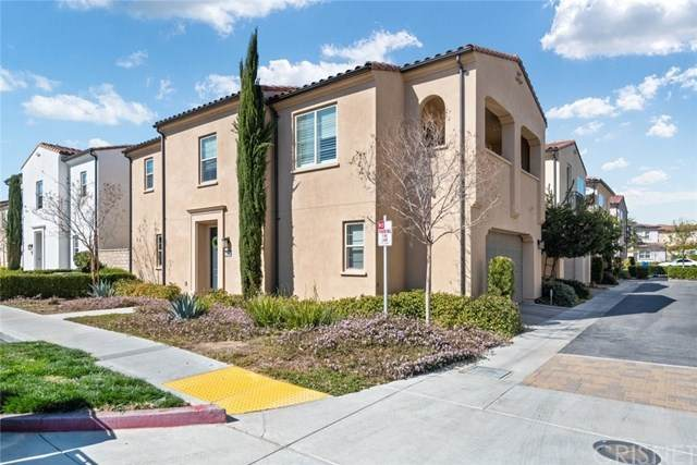 21951 Moveo Drive, Saugus, CA 91350 (#SR21039687) :: Wendy Rich-Soto and Associates
