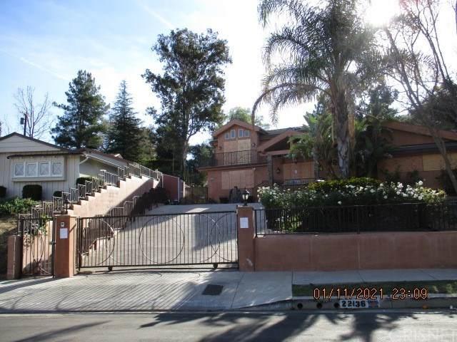 22136 Independencia Street, Woodland Hills, CA 91364 (#SR21042313) :: Brandon Hobbs Group