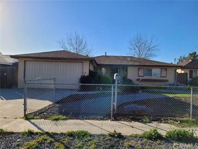 323 Tamarak Avenue, Escondido, CA 92026 (#OC21039784) :: Brandon Hobbs Group