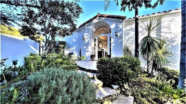 5260 Foothill Road, Ventura, CA 93003 (#CV21033088) :: Crudo & Associates