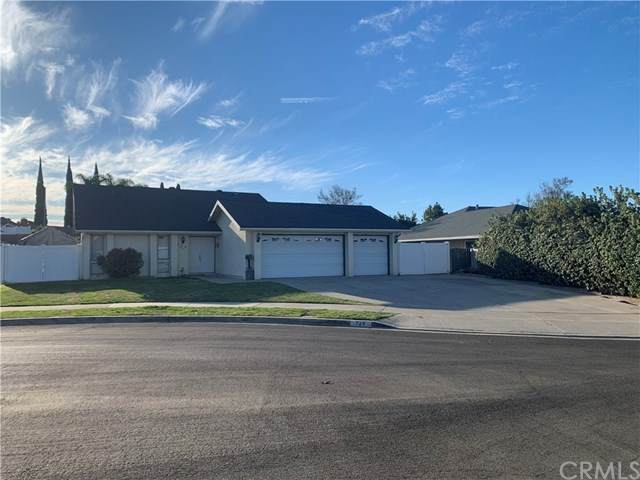 724 Longfellow Drive, Placentia, CA 92870 (#SW21029000) :: Power Real Estate Group
