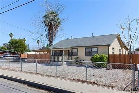 1205 W Devonshire Avenue, Hemet, CA 92543 (#CV21043341) :: Team Forss Realty Group
