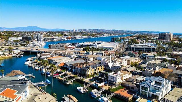 519 36th Street, Newport Beach, CA 92663 (#NP21041399) :: Better Living SoCal