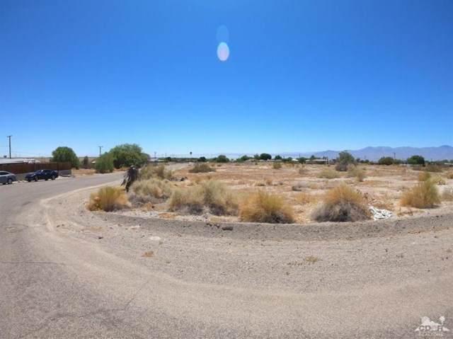1 Hallyard Drive, Mecca, CA 92254 (#219058190DA) :: Better Homes and Gardens Real Estate Vogler Feigen