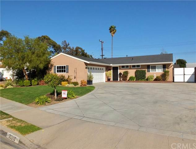 20310 Callaway Avenue, Lakewood, CA 90715 (#PW21043709) :: Wendy Rich-Soto and Associates