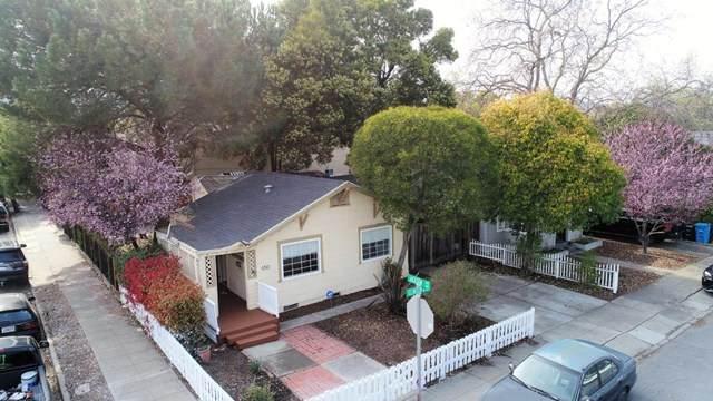 650 Clinton Street, Redwood City, CA 94061 (#ML81832193) :: Compass