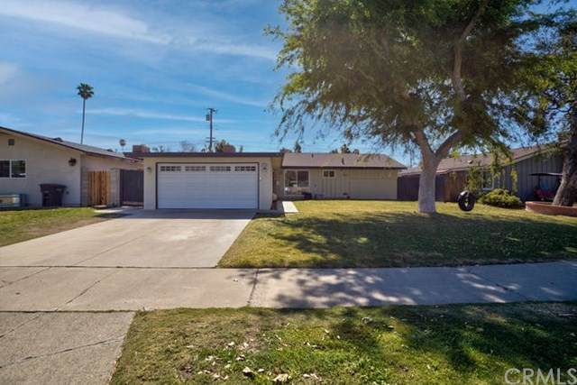 1736 W Robin Road, Orange, CA 92868 (#PW21042936) :: Compass