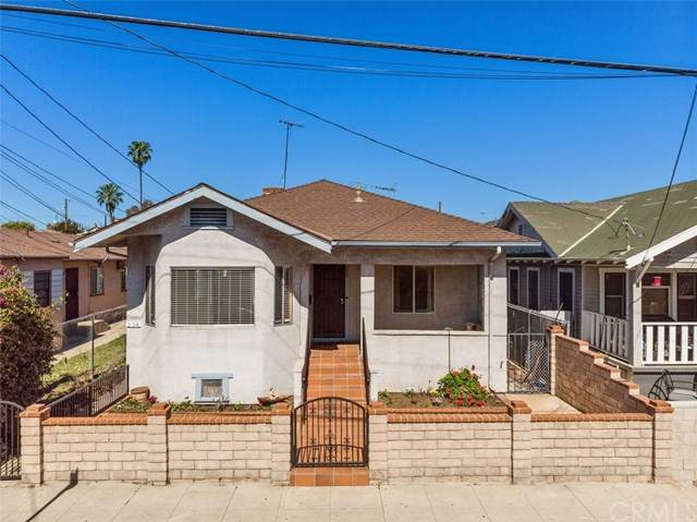 234 W 12th Street, San Pedro, CA 90731 (#OC21043762) :: Wendy Rich-Soto and Associates