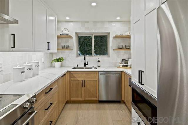 640 W Solana Cir #10, Solana Beach, CA 92075 (#210005541) :: Koster & Krew Real Estate Group   Keller Williams