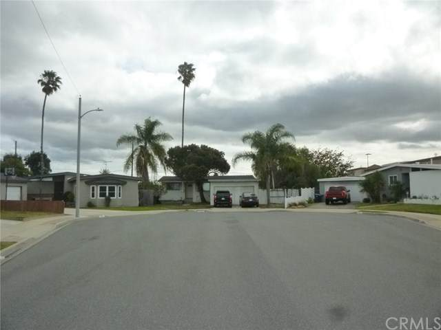 17120 S Raymond Place, Gardena, CA 90247 (#SB21044279) :: The Houston Team   Compass