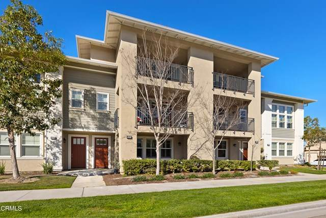 402 Garonne Street, Oxnard, CA 93036 (#V1-4240) :: eXp Realty of California Inc.