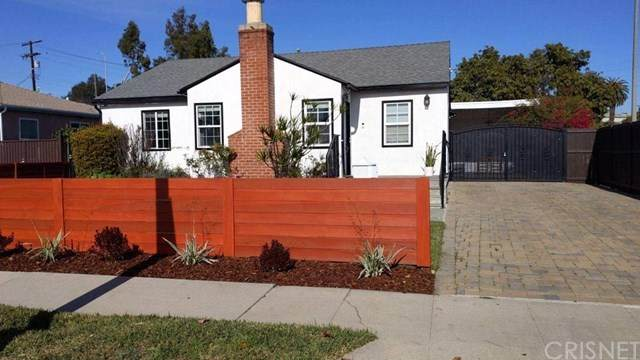 2636 Corinth Avenue, West Los Angeles, CA 90064 (#SR21038058) :: The Brad Korb Real Estate Group