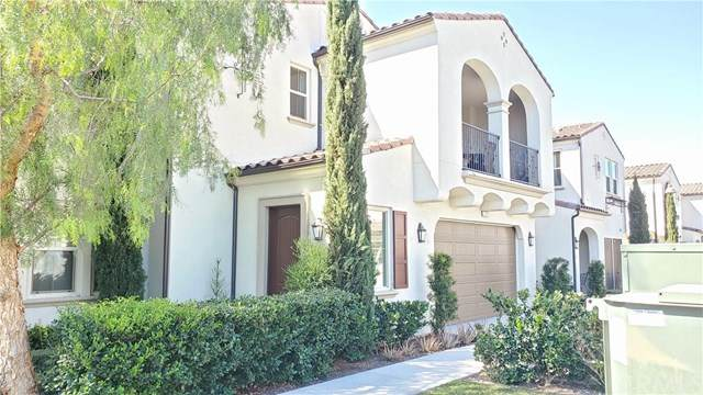 717 Trailblaze, Irvine, CA 92618 (#OC21033376) :: Veronica Encinas Team