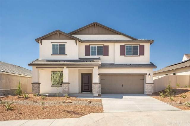 16868 Desert Lily Street, Victorville, CA 92394 (#SW21046751) :: Blake Cory Home Selling Team
