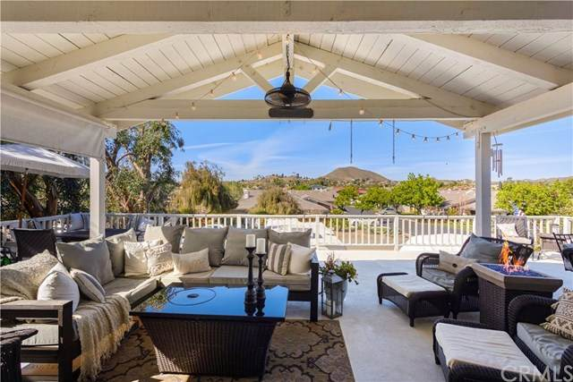 23503 Continental Drive, Canyon Lake, CA 92587 (#SW21046693) :: Realty ONE Group Empire