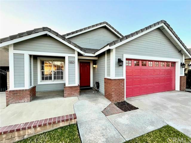5652 Grand Prix Court, Fontana, CA 92336 (#SB21047480) :: Blake Cory Home Selling Team