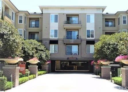 1801 E Katella Avenue #1095, Anaheim, CA 92805 (#PW21047286) :: The Kohler Group