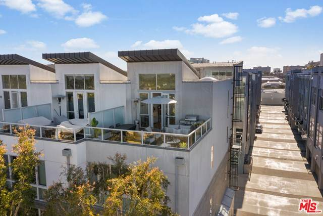 4151 Redwood Avenue #101, Los Angeles (City), CA 90066 (#21702010) :: Doherty Real Estate Group