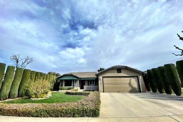 46205 Pine Meadow Drive - Photo 1