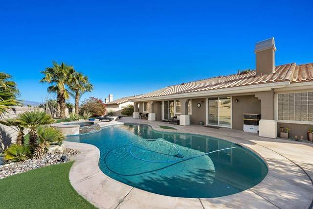 125 Clearwater Way, Rancho Mirage, CA 92270 (#219058625DA) :: Wendy Rich-Soto and Associates