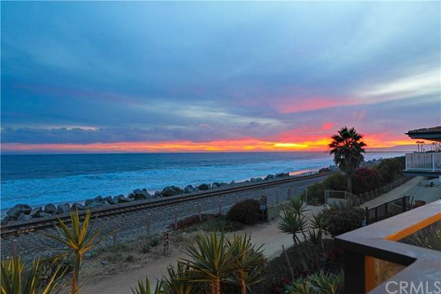328 Boca Del Canon, San Clemente, CA 92672 (#LG21050207) :: Hart Coastal Group