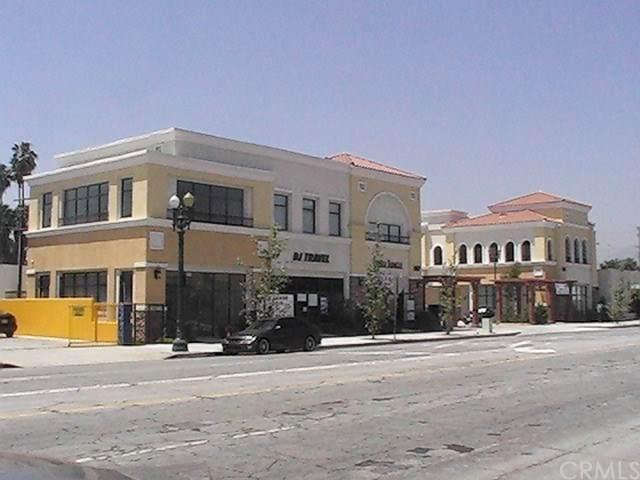 407 San Gabriel Boulevard - Photo 1