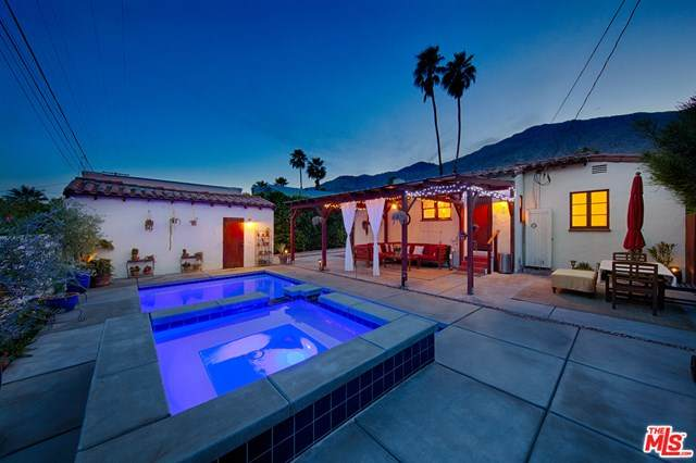 524 S Calle Ajo, Palm Springs, CA 92264 (#21704858) :: eXp Realty of California Inc.