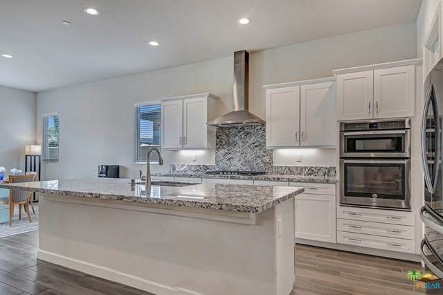 18 Riesling, Rancho Mirage, CA 92270 (#21704502) :: The Costantino Group | Cal American Homes and Realty