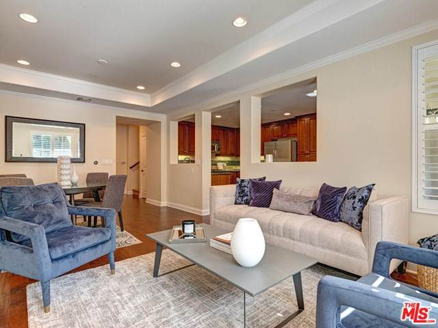 12975 Agustin Place #103, Playa Vista, CA 90094 (#21705080) :: Team Tami