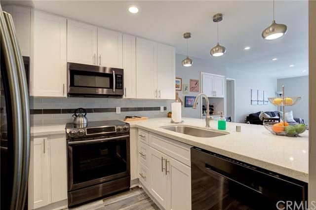 1400 S Catalina Avenue #207, Redondo Beach, CA 90277 (#SB21048213) :: Wendy Rich-Soto and Associates