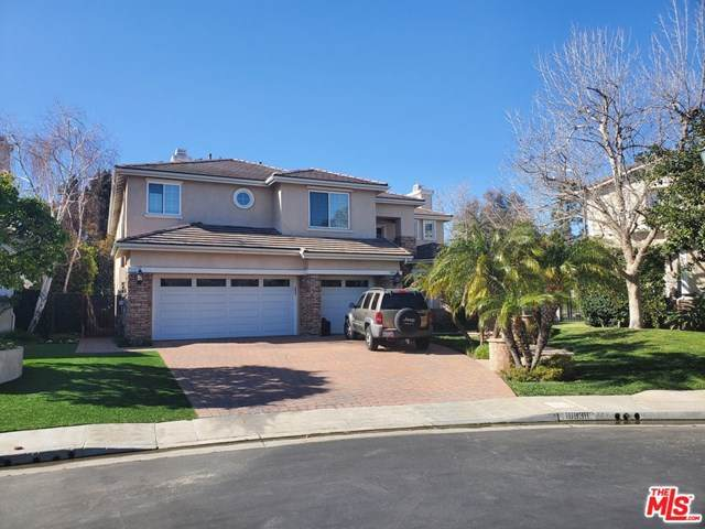 18838 Maplewood Lane, Porter Ranch, CA 91326 (#21703572) :: Go Gabby