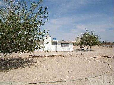 9433 Chickasaw, Lucerne Valley, CA 92356 (#IG21056918) :: eXp Realty of California Inc.