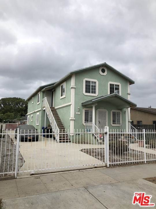 1015 Lecouvreur Avenue, Wilmington, CA 90744 (#21710048) :: Power Real Estate Group