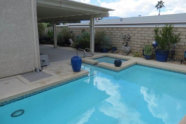 39586 Manzanita Drive, Palm Desert, CA 92260 (#219059385DA) :: Koster & Krew Real Estate Group   Keller Williams