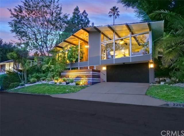 2209 Via Alamitos, Palos Verdes Estates, CA 90274 (#PV21054065) :: Wendy Rich-Soto and Associates