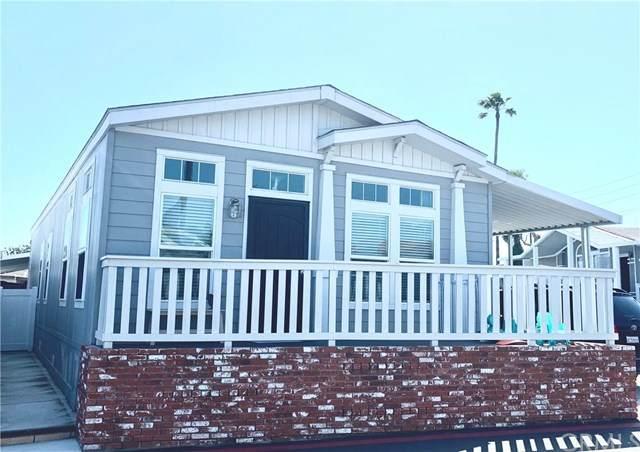 7652 Garfield Avenue #59, Huntington Beach, CA 92648 (#OC21064479) :: Wendy Rich-Soto and Associates